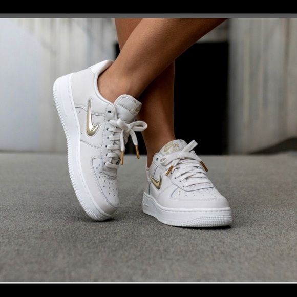 Nike Air Force 1 '07 PRM LX Gold Swoosh